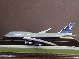 1/400 Dragon Wings United Airlines 747 B747-400 N186UA