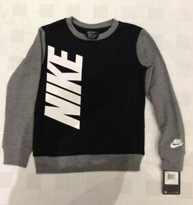 Nike  Boy's  Fleece Top (Size 5-6 Years )