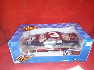 2003 Winner's Circle NASCAR  Dale Earnhardt Foundation 1:18 Diecast Car 33294
