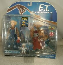 2001 E.T. THE EXTRA-TERRESTRIAL INTERACTIVE TOY E.T. & GERTIE ACTION FIGURE