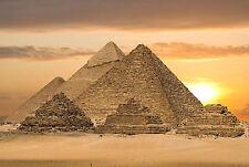 Encadrée imprimer-egyptian pyramids au coucher du soleil (archéologie gizeh photo poster art)