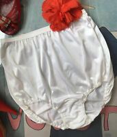 OLGA vintage white satiny nylon panties  - pillow tab - Small Size 5