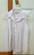 Womens Sleeveless White silky button pleated Banana Republic Blouse Size 4 EUC