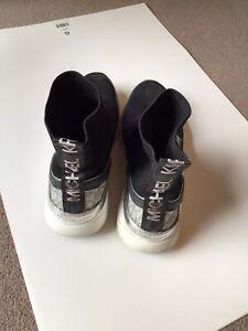 Michael Kors Black/Grey Slip On Ankle Boots Sz6
