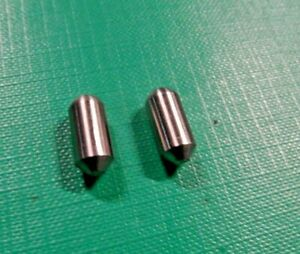 NEW Land Rover Series Truck Cab Sliding Window Catch Bullets Pins 332324 332325