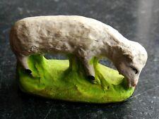 Santon en terre cuite peint Fouque - Mouton qui broute 6 cm