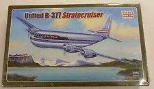Minicraft 1/144 United Airlines Boeing B-377 Stratocruiser 14501