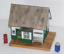 O or On30 Built & Weathered Banta ModelWorks Donkey Corners Depot Station