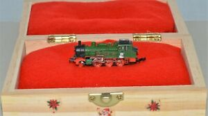 Z Scale Marklin Christmas-Themed Custom 3D Decal 2-6-0 Steam Switcher Loco 5pole