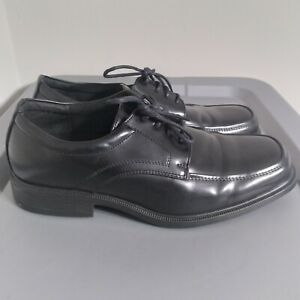 SafeTStep Comfort Men's Size 10.5 Black Slip Resistant Lace Up Work Shoes