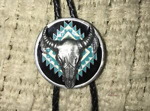 Siskiyou Buffalo Skull 1993 bolo tie 36 inch black Leather cord silver tips