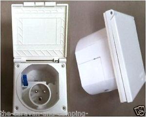 Mains Hook Up Inlet Socket WHITE  - Caravan / Motorhome - Flush Fitting PO113W
