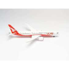 Herpa 570756 1/200 Qantas 100 Years Boeing 787-9 Dreamliner* Brand New