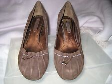 Brown Suede Nine West Shoes - Size 5 New Without Box