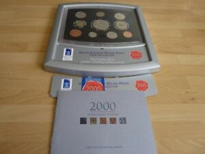 2000 Royal Mint Deluxe Swivel Display Proof Set