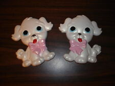 VINTAGE 1972 MILLER STUDIOS CHALKWARE DOG PLAQUES WHITE PUPPIES SET OF 2