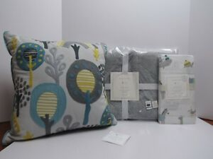 Pottery Barn Kids Dash Nursery Bedding, Quilt, Crib Sheets, Pillow ~3 Piece Nwt