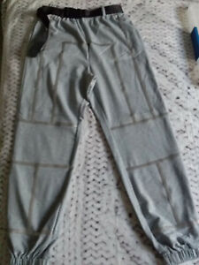 Pantalon jogging taille S