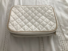 Trish McEvoy Cosmetic Makeup Bag - Wide Quilted Pattern - White w/ Silver Zipper