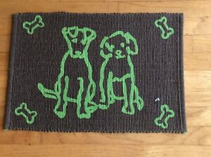 """Park B Smith Pet Food Placement Mat Rug Tapestry Model """"Doggie Friends"""" 13 x 19"""