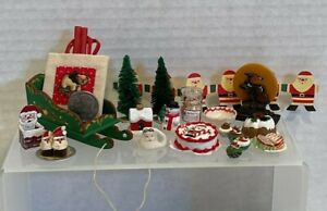 VTG Christmas Decor Items Most Artisan Several Signed Dollhouse Miniature 1:12