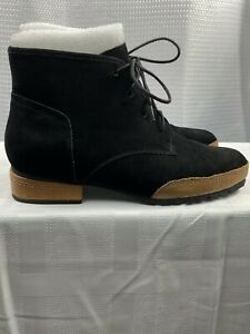 NWB L'AmourDesPieds Black Nubuck Leather Booties Lugged Sole Lace Up Sz 9M $259