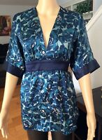 NWT: Women's GALA Silk Floral Blue Blouse Shirt Top V-Neck Red White Sz M