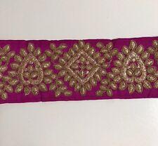 Indio atractiva rosa oscuro de seda cruda bordado de oro antiguo recorte/Encaje uno Mtr