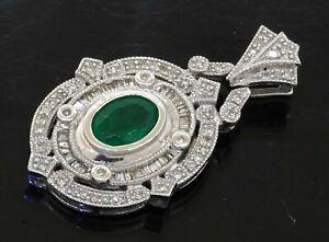 18K white gold elegant 1.98CTW diamond/8 X 6mm Oval cut emerald cluster pendant