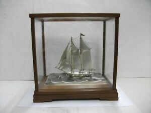 The sailboat of 960 Sterling Silver of Japan.2mast.#73g/ 2.57oz. TAKEHIKO's work