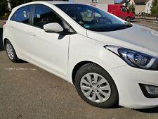 Hyundai i30 1.4 2015 Classic Navi + einparkhilfe hinten+Bluetooth tüv bis 2022!!