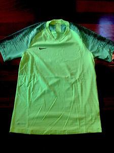 Nike Vaporknit II Soccer Jersey Volt Mens NWT AQ2674-702 Size Medium M $70