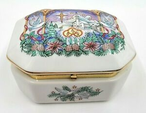 Heritage House Melodies Of Christmas 1989 O HOLY NIGHT Porcelain Music Box