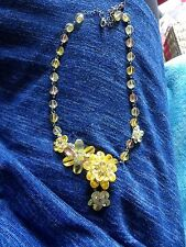 BUTLER & WILSON YELLOW / GREEN FACETED CRYSTAL OFFSET FLOWER NECKLACE