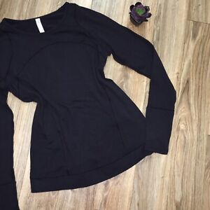 Lululemon Womens 12 Black Knit Top Thumbholes Pocket