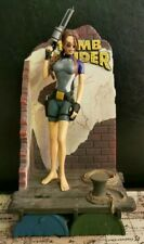 """TOMB RAIDER  Lara Croft Wetsuit 1998 Playmates Figure & Display 11"""" Statue"""