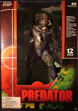 "PREDATOR-12 ""-ROTATING SHOULDER CANNON-WRIST CONSOLE PAD OPENS-SLICK STAND-2004!"