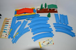 Tomy Trackmaster Thomas & Friends Blue Track Straight Curved Extra Short Station