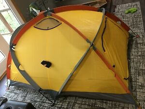 The North Face Mountain 25 Summit Series 2 Person 4 Season Tent! TNF Ve25 ve-25
