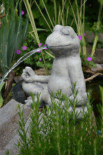 Frosch im Lotussitz - YogaFrosch - Wasserspeier aus Steinguss