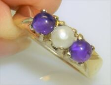 9CT CABOCHON AMETHYST  PEARL RING 9 CARAT YELLOW GOLD 3 STONE  RING