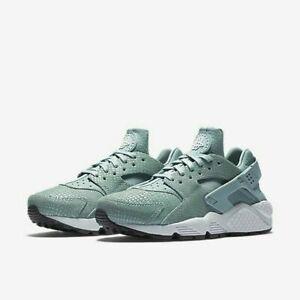 Womans Nike Air Huarache Run Print Trainer Mint Green 725076 006