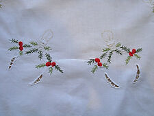 Vintage Xmas Embroidered Tablecloth Тable runner w/ Christmas fir branches