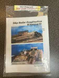Model Tech Studios 2003 - HO Ship Under Construction Waterfront Kit #S-0054