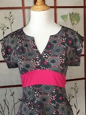 The North Face Womens Top Active Wear Pink V Neck Size M
