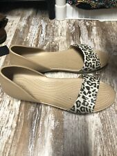 Crocs Flat Leopard Sandals Womens 10 Slip On Shoes
