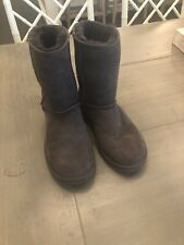 brown uggs size 8