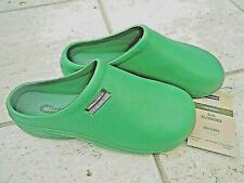 NEW Town & Country green lightweight CLOGGIES--Size 6 UK adult.