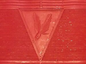 NOS VINTAGE CROSSVILLE RUBBER CLASSIC 500 EAGLE SERIES RED REAR FULL MAT