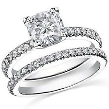 His and hers wedding bands camoplast